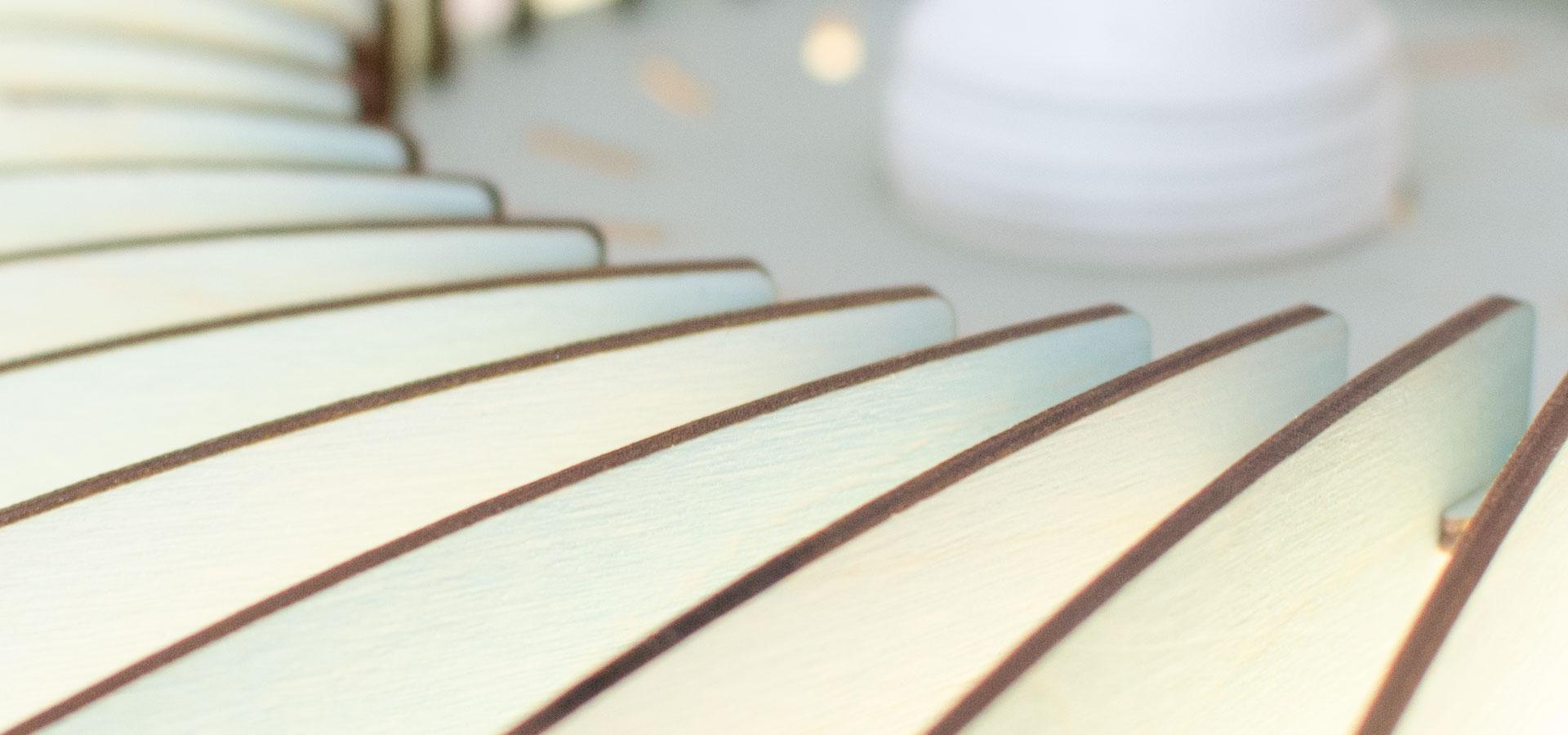 Hängelampe aus Holz NEFI