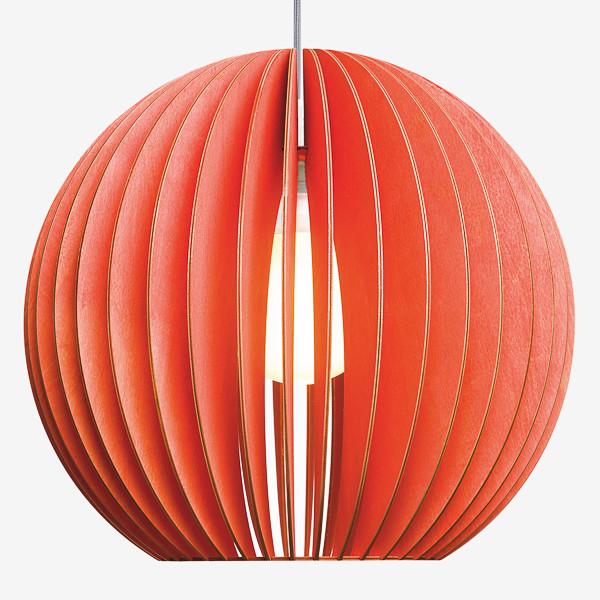 Holz Lampen aus Berlin AION XL rot Textilkabel grau