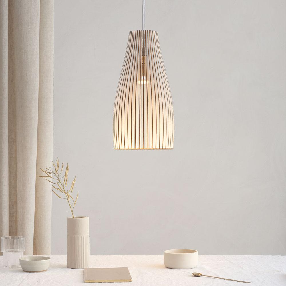 Holzlampe Esstisch